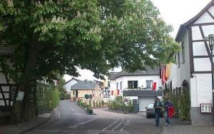 Geschmückte Bachstraße